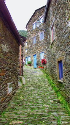 Coleções: Portugal - Aldeias Históricas, Xisto e Rurais - Google+