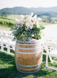 With a venue as stunning as Pippin Hill Farm & Vineyard, the backdrop is really all you need for decoration.