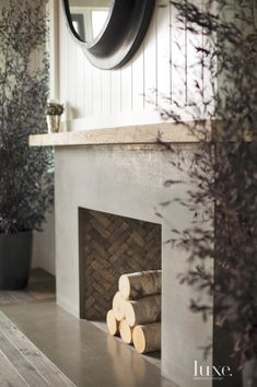 ciao! newport beach: a coastal california farmhouse -- colors, interior fireplace pattern Wood Fireplace Surrounds, Reclaimed Wood Fireplace, Wood Fireplace Mantel, Concrete Fireplace, Wood Mantels, Farmhouse Fireplace, Fireplace Remodel, Fireplace Mantle, Living Room With Fireplace