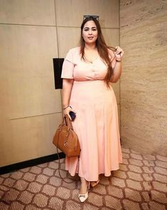 Want To Update Your Closet With Must Have Plus Size Fashion Trends For Workplace? Plus Size Fashion Tips, Plus Size Beauty, Plus Size Outfits, Sexy Outfits, Fashion Outfits, Fashion Trends, Indian Fashion Salwar, Dresser, Plus Size Fashionista
