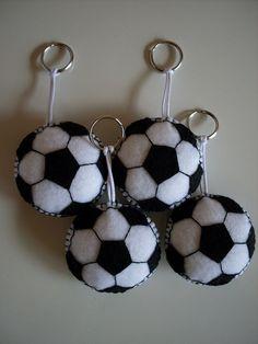 Chaveiro bola de futebol | Flickr - Photo Sharing!