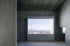Elisa Valero, Fernando Alda · 8 experimental apartments in Realejo