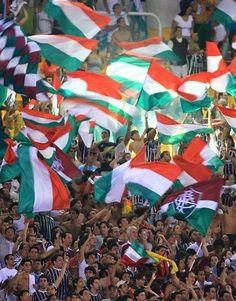 Maracanã, é considerado um dos maiores símbolo do futebol no pais. Saiba tudo sobre o estádio no gotorio.net: http://gotorio.net/m/locati...