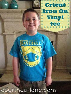 Courtney Lane Designs: Team Spirit baseball tee made using Cricut Iron On Vinyl! Vinyl Projects, Diy Craft Projects, Cute Crafts, Crafts To Make, Cricut Iron On Vinyl, Photo Letters, Cricut Cuttlebug, Let The Fun Begin, Cricut Craft Room