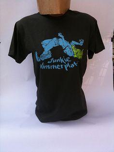 """T-Shirt vom Verlag """"Unsichtbar"""" - Junkie Nimmerplatt"""