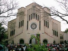 Baclaran Church Cesar Concio and Jesse Bontoc - Modern Romanesque Philippine Architecture, Float Your Boat, Slice Of Life, Romanesque, Manila, Filipino, Philippines, Architects, Culture
