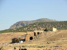#magiaswiat #turcja #podróż #wakacje #zwiedzanie #europa  #blog #kościół #ruiny #wieża #pamukkale #miasto #hierapolis #efez #meryemana Pamukkale, Monument Valley, Grand Canyon, Nature, Blog, Travel, Naturaleza, Viajes, Blogging