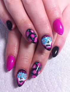 #nails #sugarskull