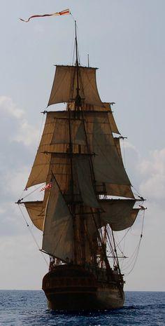 spiffingsailor:   HMS Surprise, being her usual... - Dear Old Vessels