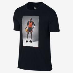 A T-shirt featuring a serious throwback Michael Jordan photo. Jordan 1, Jordan Jeans, Michael Jordan Shirts, Michael Jordan Photos, Jordan Coloring Book, Latest Jordans, Air Jordan Sneakers, Jordan Outfits, Retro Sneakers