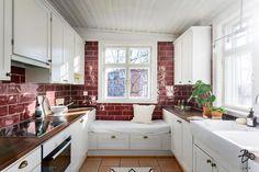 Rustiikkista ilmettä kotoisassa keittiössä