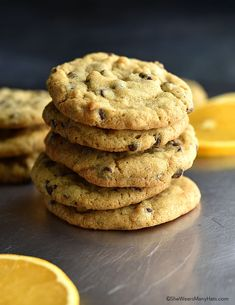 These delightful Orange Chocolate Chip Cookies, made with fresh orange zest and ginger, are a delightful twist on the traditional chocolate chip cookie. Chocolate Chip Recipes, Chocolate Chip Cookies, Easy Biscuit Recipe, Orange Cookies, Just Bake, Orange Recipes, Best Cookie Recipes, Chocolate Orange, How To Make Cookies