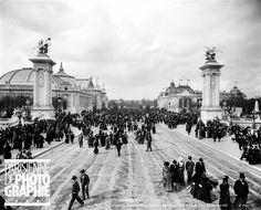 "archimaps: "" View from the Pont Alexandre III onto the Grand and Petit Palais of the 1900 Exposition Universelle, Paris "" Concorde, Pont Alexandre Iii, Voyage Europe, Paris Ville, I Love Paris, Grand Palais, World's Fair, Study Abroad, Belle Epoque"