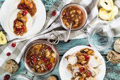 Mostarda di Frutta hardal, kırmızı şarap ve çeşitli meyveleri birleştiren geleneksel bir İtalyan çeşnisidir.  Izgara et, söğüş veya peynir ile mükemmel!  | |  Cookingtheglobe.com
