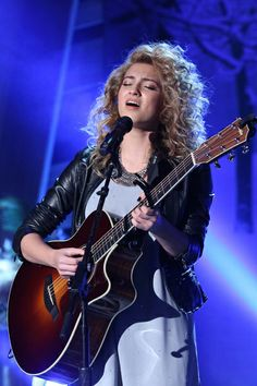 """Tori Kelly Moves """"Foreword"""" With New Hit Single!"""