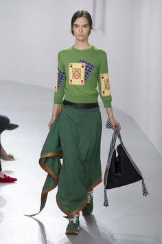 Loewe ready-to-wear spring/summer '18 - Vogue Australia