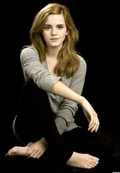 Emma Watson, the actor who plays Hermione in the all-too-popular Harry Potter films, is on record as an advocate for modesty. Here's the quote: I find the whole concept of being 'sexy' embarrassing. Citations Emma Watson, Emma Watson Frases, Emma Watson Quotes, Emily Watson, Great Quotes, Me Quotes, Enma Watson, Movies Quotes, Celebrity Quotes