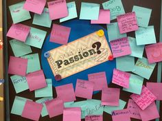Genius Hour can bring motivation, excitement, and real learning into your classroom! This post from Jennifer Runde will help you get started. Inquiry Based Learning, Project Based Learning, Student Learning, Classroom Setting, Classroom Decor, Classroom Rewards, Classroom Teacher, Classroom Posters, Science Classroom