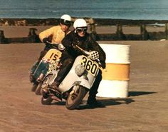 Vintage Vespa racing