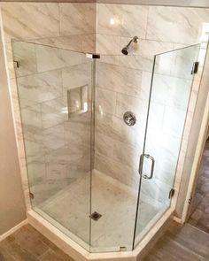 Unbelievable Shower remodeling acrylic,Fiberglass shower remodeling decor tricks and Small shower remodel stone tips. Modern White Bathroom, Small Bathroom, Budget Bathroom, Master Shower, Master Bath, Tub To Shower Remodel, Glass Shower Enclosures, Fiberglass Shower, Small Showers