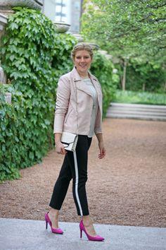Sincerely-Jennie-Pink-Leather-Jacket-3