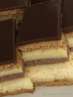 Tiramisu, Caramel, Ethnic Recipes, Food, Sticky Toffee, Candy, Essen, Meals, Tiramisu Cake