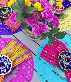 Set of 4 papel picado table centerpiece or placemats, cut tissue paper rounds, Mexican fiesta decorations, Party supplies, 4 color set Mexican Centerpiece, Mexican Fiesta Decorations, Mexican Fiesta Party, Fiesta Theme Party, Party Themes, Mexican Desserts, Mexican Wedding Centerpieces, Mexican Brunch, Party Ideas