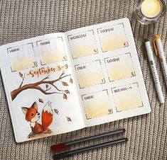 Bullet Journal Addict - 13 Beautiful Bullet Journal Fall Spreads - - Inspiration and ideas for beautiful bullet journal fall spreads along with an ideas list to start your own fall bucket list. Bullet Journal September, Bullet Journal Note, Autumn Bullet Journal, Bullet Journal Aesthetic, Bullet Journal Spread, Bullet Journal Layout, Bullet Journal Leaves, September Themes, Bullet Journel