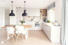 Gdynia Chwarzno - Średnia otwarta kuchnia w kształcie litery l w aneksie z oknem, styl skandynawski - zdjęcie od Meblościanka Studio