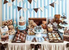 Idea para decoración de Bautizo de niño en azul y chocolate