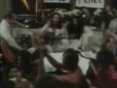 Give Peace a Chance - John Lennon & Plastic Ono Band [Original video]