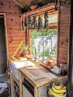 Tiny Home Ideas for Inspired, Affordable Homes on Wheels, yay!