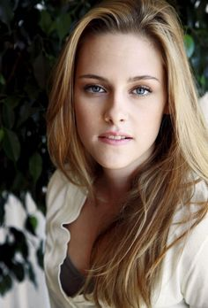 Awesome 9 Kristen Stewart Blonde Hair Pics http://www.designsnext.com/9-kristen-stewart-blonde-hair-pics/
