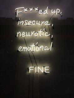 Imagen de neon, emotional, and insecure