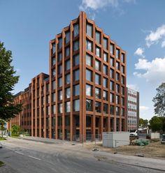 Max Dudler Architekt, Stefan Müller · Drägerwerk House 72. Lubeck, Germay