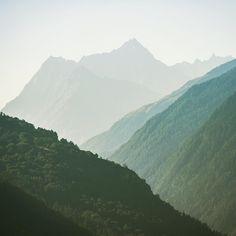 Swiss mountains #chrisherzog #landscape_lovers #landscape_captures #landscape #stunning_shots  #awesomeearth #discoverearth #discoverglobe #magic_shots #magicworld  #travelpics #reisefotografie #awesome_earthpics  #marvelshots #igbest_images #magicpict #igersoftheday #ig_worldclub #infinity_shotz #thebest_capture #Artofvisuals #splendid_earth #ig_today  #superhubs_power #justgoshoot #ig_naturelovers #beautifuldestinations  #awesomepix #ourplanetdaily