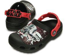 Crocs Dětské pantofle CC Star Wars Darth Vader Clog Black nejlevněji v e-shopu Vivantis. Crocs Fashion, Fashion Shoes, 6 Year Old Christmas Gifts, Star Wars Darth Vader, Clogs, 6 Year Old Boy, Star Wars Kids, Old Boys, New Kids