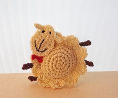 Broche del ganchillo ovejas Adorno por MonikaDesign en Etsy