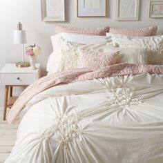 Add texture and dimension to your bed with this lovely and chic LC Lauren Conrad Floral Ruched comforter set. Small Room Bedroom, Trendy Bedroom, Cozy Bedroom, Home Decor Bedroom, Girls Bedroom, Bedroom Ideas, Master Bedroom, Light Pink Comforter, Bedroom Comforter Sets