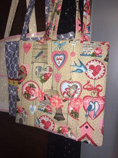 Handmade Shopping Bag Eko bag Love my earth My homemade Shopping Bag, Ted, Reusable Tote Bags, Earth, Homemade, Photo And Video, My Love, Instagram, Home Made