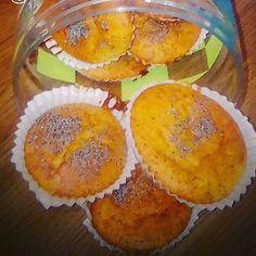 ¿Unas magdalenas caseras? Sin azúcares refinados, con sirope de agave y harina ecológica. Tenéis la receta en mi página, ver perfil #magdalenas#dulce#casero#sinazucares#nobolleriaindustrial #instafood #yummy #sweety #sweet