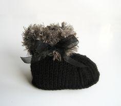 chaussons+de+bébé+tricotés+très+chic!+de+Fée+tricoteuse+sur+DaWanda.com