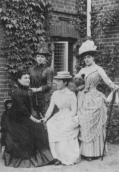 Jennie Jerome with her mother and sisters before she married Randolph Churchill