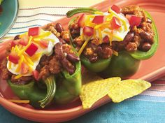 Tastee Recipe Who Doesn't Love Stuffed Peppers? Let's Shake Up Your Dinner Table with This Taco Version! - Page 2 of 2 - Tastee Recipe Meat Recipes, Mexican Food Recipes, Cooking Recipes, Cooking Ideas, Yummy Recipes, Food Ideas, Hamburger Recipes, Healthy Recipes, Cinco De Mayo