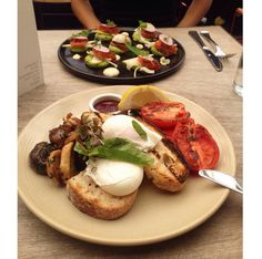 Brunch at Industry Beans Fitzroy