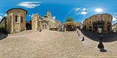 Portail de l'église monolithe de Saint-Emilion - France © Pascal Moulin