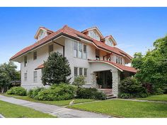 GARDNER REALTORS Mansion Monday: Have a look at this Uptown mansion which was designed by famous architect, Jordan McKenzie, in 1910!