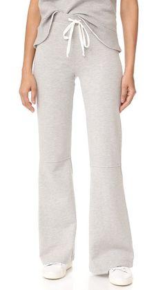 ¡Consigue este tipo de pantalones acampandos de CLU ahora! Haz clic para  ver los detalles. Envíos gratis a toda España. Clu Clu Too Bell Bottom  Lounge ... fb07ebcabdcc