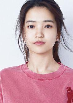 Kim Tae-ri Female Actresses, Korean Actresses, Korean Beauty, Asian Beauty, Korean Makeup, Asian Woman, Asian Girl, Young Kim, Cute Korean Girl