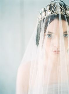 Delicate Vintage Bridal Style